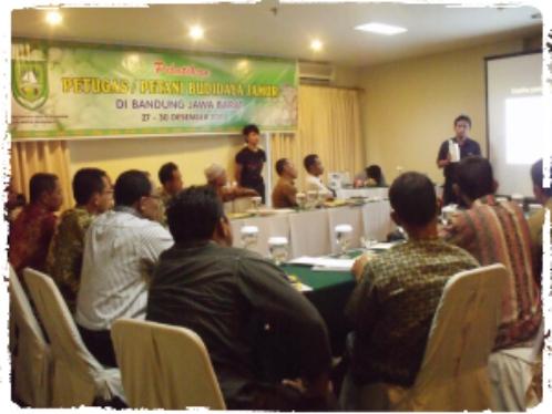 pelatihan-usaha-pembibitan-dan-budidaya-jamur-dengan-peserta-dari-petani-dan-petugas-penyuluh-pertanian-kabupaten-bengkalis-riau
